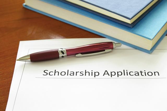 10 bí quyết để dành học bổng cho sinh viên quốc tế