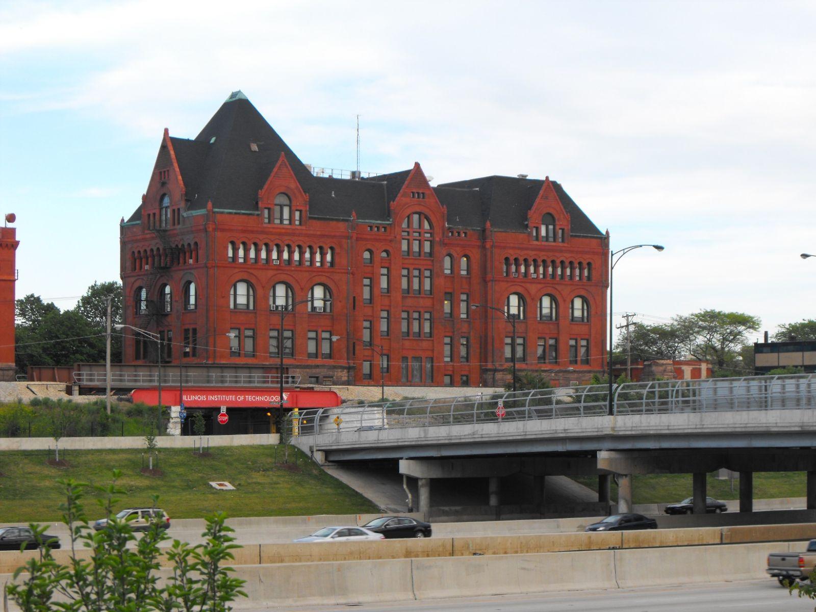 Du học Mỹ - Giới thiệu trường Học viện Công nghệ Illinois (Illinois Institute of Technology)