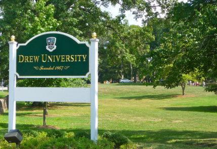 Du học Mỹ - Chương trình Pathway tại INTO Drew University