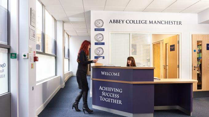 Du học Anh - Trường Cao đẳng Abbey (Abbey College)