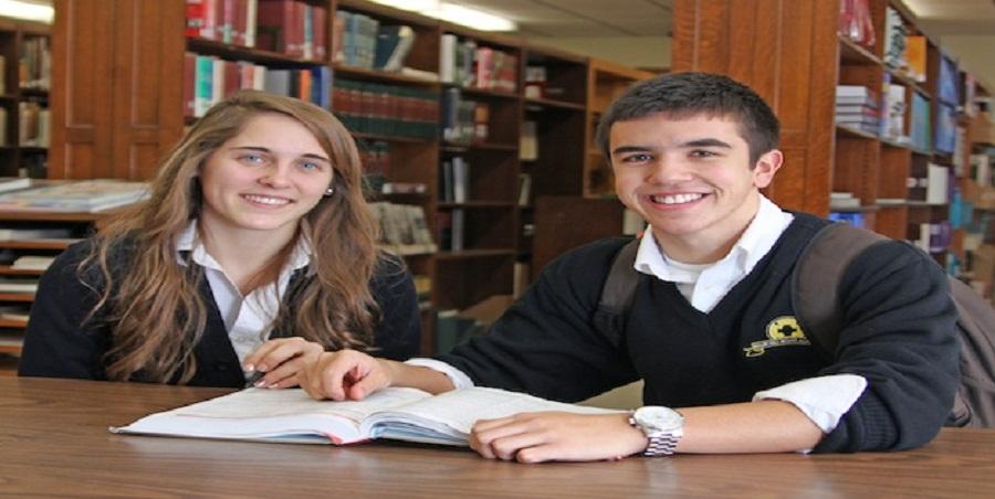 Trường trung học nội trú Maur Hill - Mount Academy, Mỹ
