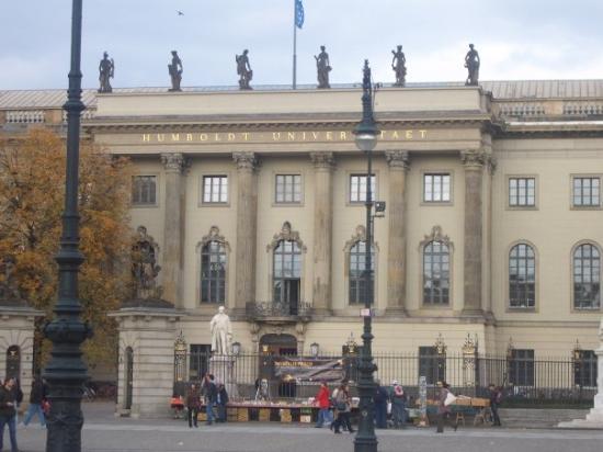 Viện đào tạo tiếng Đức - The Humboldt Institut