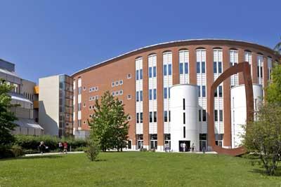 Học bổng du học ý toàn phần từ Đại học Bocconi năm học 2015-2016